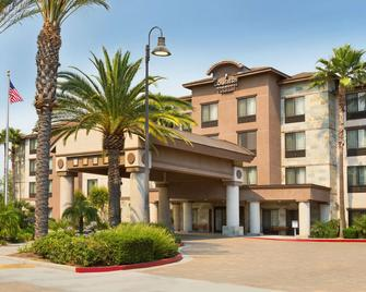 Country Inn & Suites by Radisson Ontario Mills, CA - Ontario - Gebouw