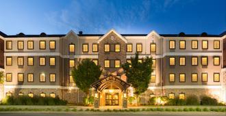 Staybridge Suites Toledo - Maumee - Maumee