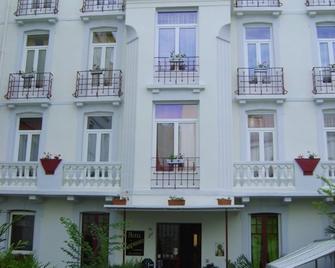盧森堡飯店 - 盧爾德 - 建築