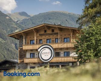 Emma's kleines Hotel - Ramsau im Zillertal - Building