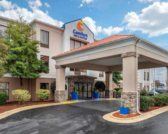 Comfort Inn & Suites - Asheboro - Building