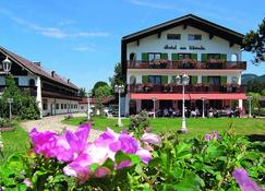 Hotel am Kureck - Bad Wiessee - Bina