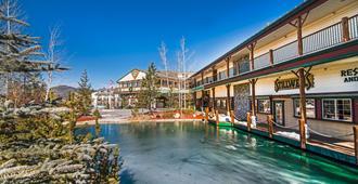 Holiday Inn Resort The Lodge at Big Bear Lake - Big Bear Lake - Edificio