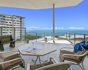 Redvue Apartments - Redcliffe - Balkón