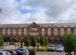 Village Hotel Birmingham Dudley - Dudley - Building