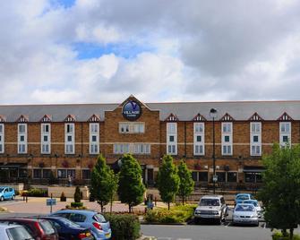 Village Hotel Birmingham Dudley - Dudley - Gebäude