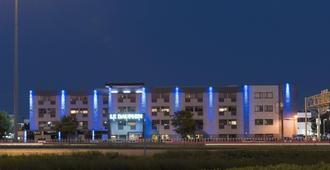 Hotel & Suites Le Dauphin Quebec - Quebec - Byggnad