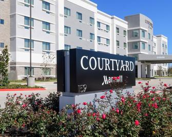 Courtyard by Marriott Lake Jackson - Lake Jackson - Building