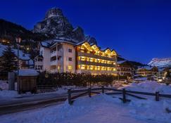 Hotel Gran Fanes - Corvara in Badia - Gebouw