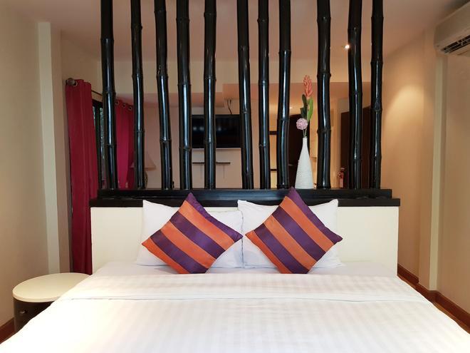 素坤逸路 18 號艾切克酒店開放式公寓 - 曼谷 - 曼谷 - 臥室