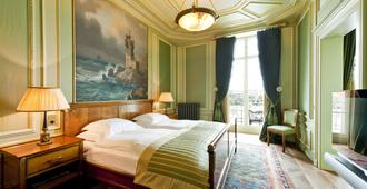 Grand Hotel Les Trois Rois - Basel - Schlafzimmer