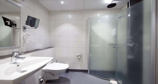 Sure Hotel by Best Western Radmannen - Alvesta - Bathroom