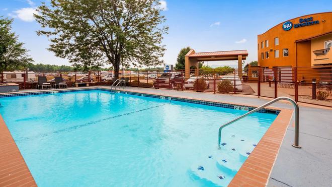 Best Western Kiva Inn - Fort Collins - Pool