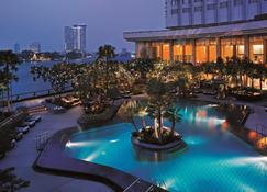 Shangri-La Bangkok - Bangkok - Pool