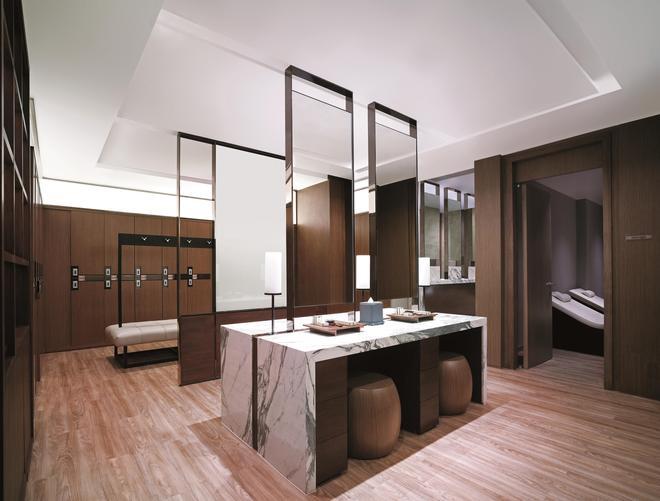 Shangri-La Hotel Bangkok - Bangkok - Bathroom
