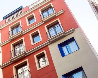 Catalonia Avinyó - Barcelona - Building