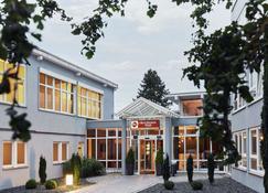 Best Western Plus Atrium Hotel - Ουλμ - Κτίριο