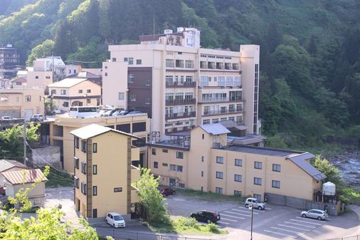 土湯温泉向瀧旅館 - 福島 - 建築