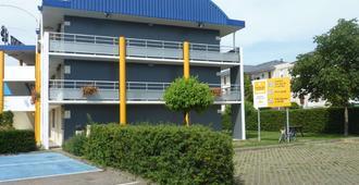 Premiere Classe Strasbourg Ouest - סטרסבור