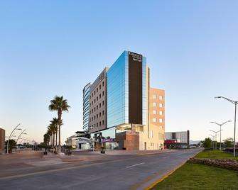 Fairfield Inn & Suites by Marriott Guanajuato Silao - Silao - Building