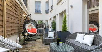 Hotel Magenta 38 by Happyculture - Paris - Patio