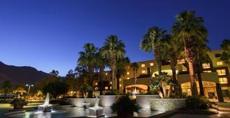 Renaissance Palm Springs Hotel - פאלם ספירנגס