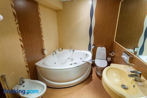 Rocca Al Mare - Tallinn - Bathroom