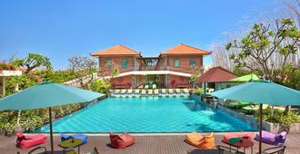Maison At C Boutique Hotel And Spa Seminyak - Kuta - Pool