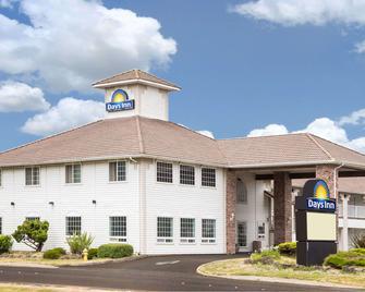Days Inn by Wyndham Ocean Shores - Ocean Shores - Building