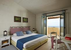 Village Heights Golf Resort - Chersonissos - Schlafzimmer