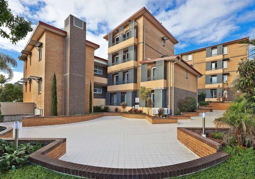 Comfort Inn & Suites Burwood - Burwood - Edificio