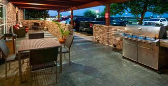 TownePlace Suites by Marriott Baton Rouge Gonzales - Gonzales - Patio