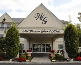 The Wilshire Grand Hotel - West Orange - Building