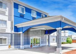 Days Inn and Suites Sulphur Springs - Sulphur Springs - Building