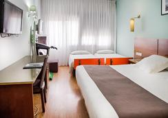 Plaza Alaquas - Valencia - Bedroom