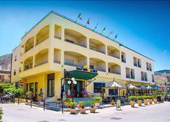 Hotel Riva del Sole - Cefalù - Edifício