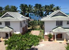 Ocean Jewels Resort - Grand'Anse Praslin - Bina
