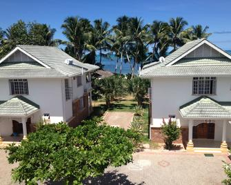 Ocean Jewels Resort - Grand'Anse Praslin - Building