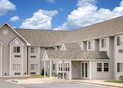 Microtel Inn & Suites by Wyndham Joplin - Joplin - Κτίριο