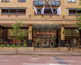 Clayton Hotel Belfast - Belfast - Building