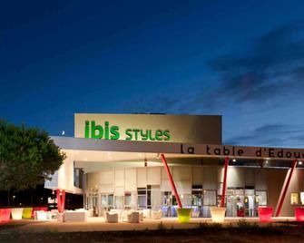 ibis Styles Nantes Rezé Aéroport - Rezé - Edificio