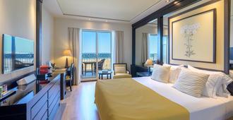 Hotel Las Arenas Balneario Resort - Valencia - Bedroom