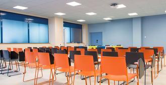 ibis Styles Toulon Centre Port - Tolón - Sala de reuniones