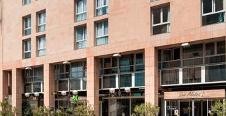 ibis Styles Toulon Centre Port - Tolone - Edificio