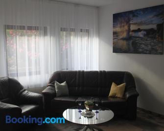 Ferienwohnung Angelika - Rheinfelden - Living room
