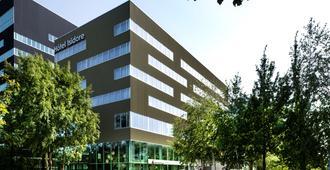 Best Western Plus Hotel Isidore - Saint-Jacques-de-la-Lande