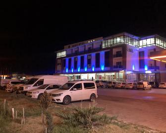 Mavi Otel Aksaray - Aksaray - Edificio