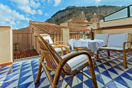 La Plumeria Hotel - Cefalù - Balcony