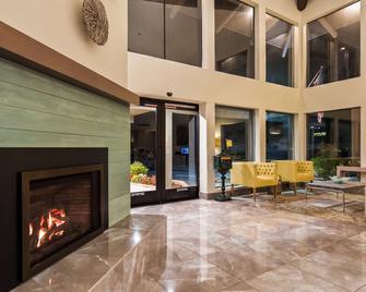 Best Western Plus Inn Scotts Valley - Scotts Valley - Lobby