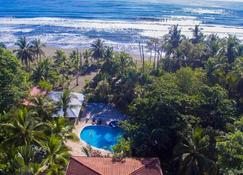 Hotel Playa Westfalia - Limón - Piscina